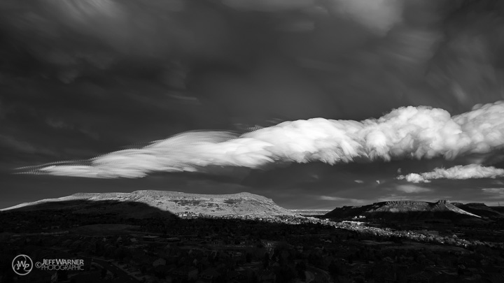 Orographic clouds (B&W)