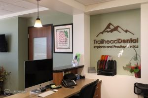006(5DS14211)-TrailheadDentalMKT_800x.jpg