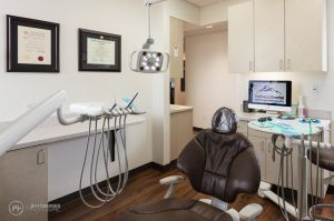 041(5DS14382)-TrailheadDentalMKT_800x.jpg